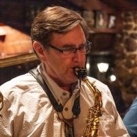 Gary Kavalar, saxophone
